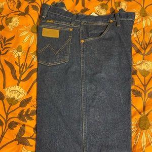 Like New Wrangler Cowboy Cut Jeans 13WMZ  40x34
